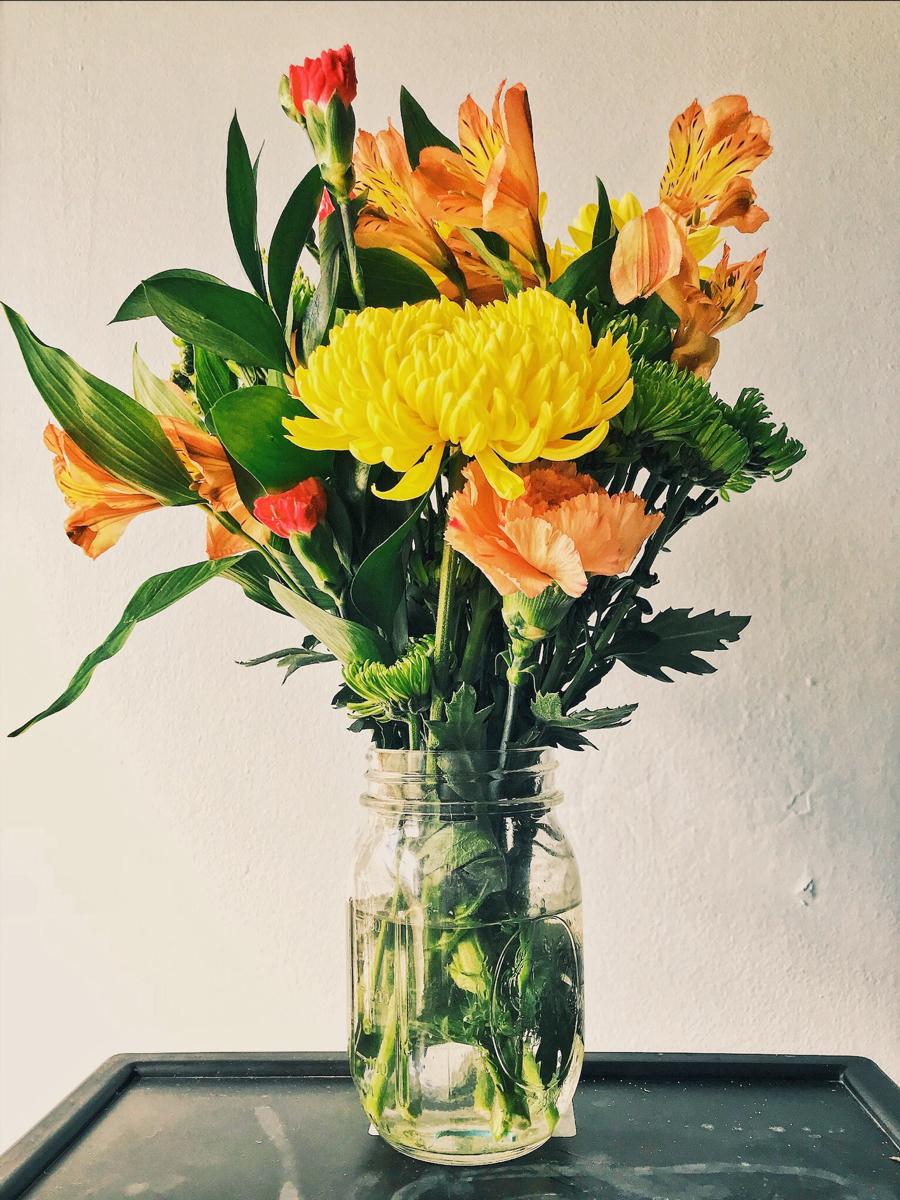 Des fleurs dans un vase