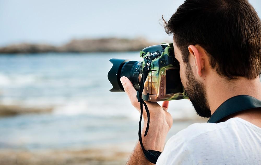 Protege tu cámara con estilo con las fundas easyCover