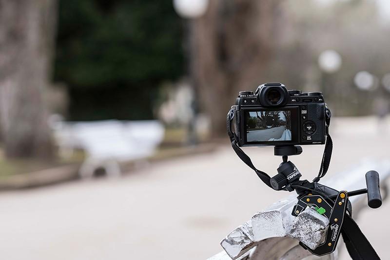 Fujifilm X-T1 montada sobre un Clampod Takeway T1. © José Luis Valdivia.