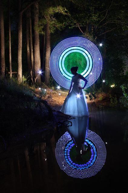 40 impresionantes ejemplos de fotografía lightpainting