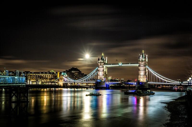 Fotografía nocturna urbana por Davide D'Amico