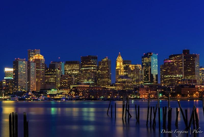 Fotografía nocturna urbana por Dennis Forgione
