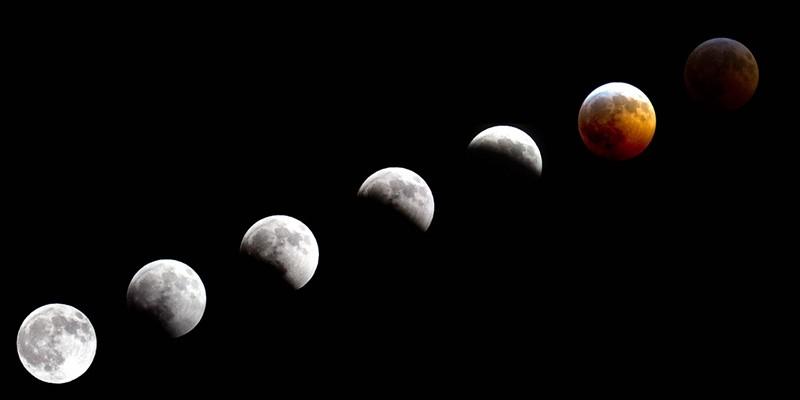 Superluna roja en diferentes fases del eclipse