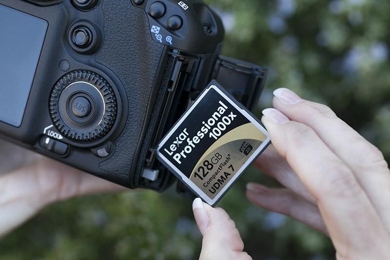 Tarjetas de memoria básicas para el fotógrafo callejero