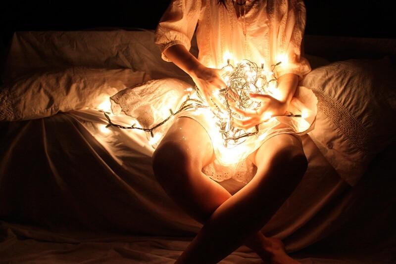 Desenredando las luces de Navidad - Kayla Kandzorra