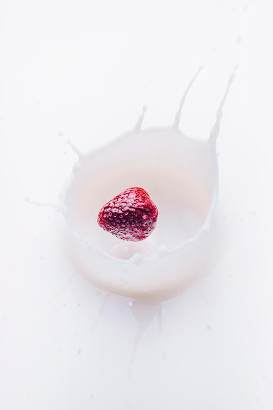 14 ideas originales para hacer fotos en casa: leche y frutas