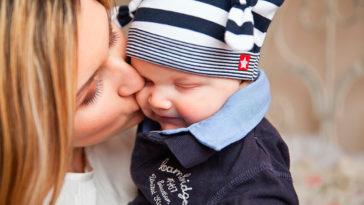 40 tiernas y conmovedoras fotos de madres con hijos