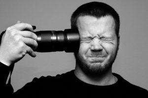 La vida de un fotógrafo resumida en 32 GIFs