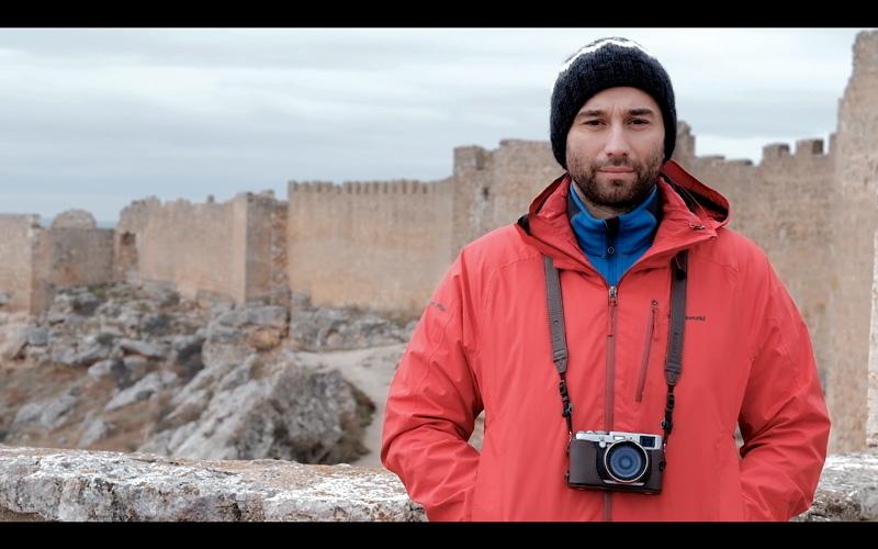 José Luis Valdivia con la Fujifilm X100
