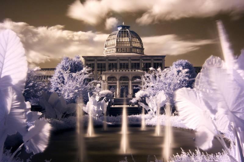 Fotografía de arquitectura con filtro infrarrojo