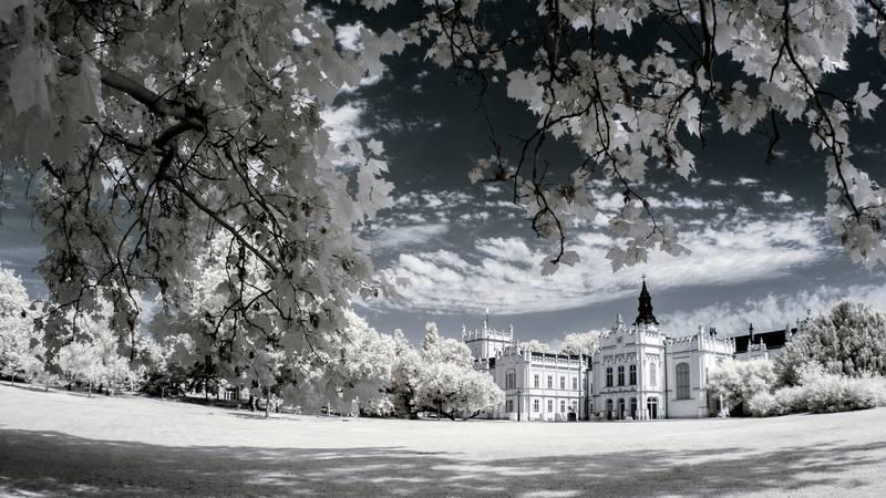 fotografía de arquitectura infrarroja