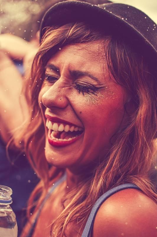 fotografías de fiestas expresión alegre