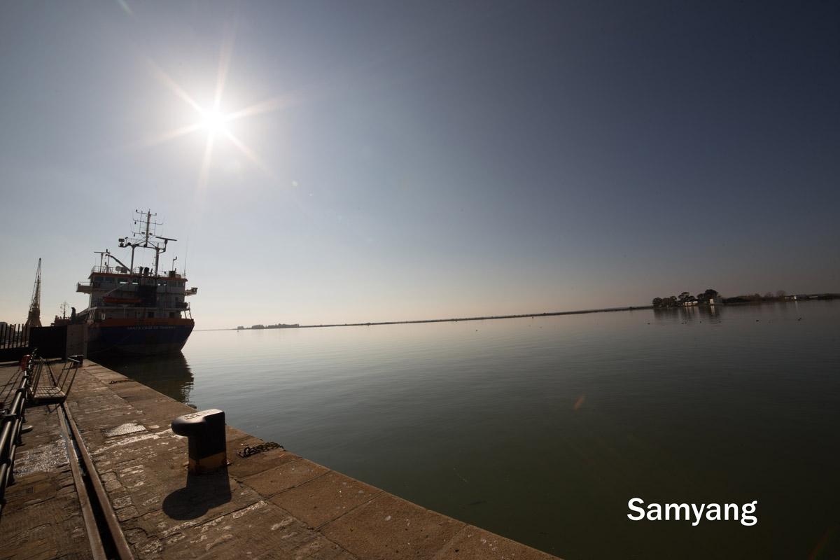 Samyang 14mm and Irix 15mm Flares