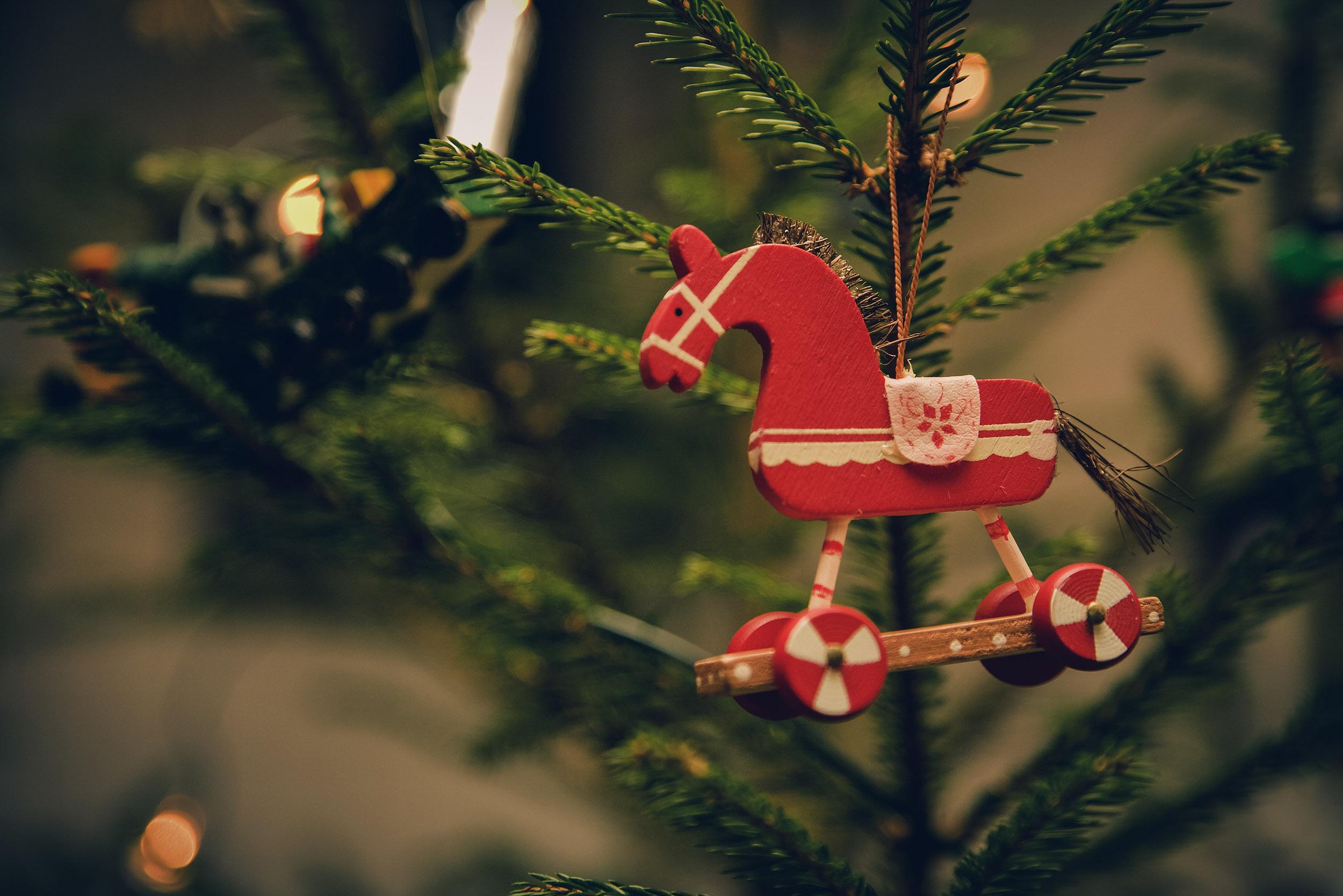 Fotografiar detalles del árbol de Navidad