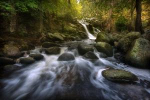 Fotografiar cascadas impactantes con estos 10 consejos