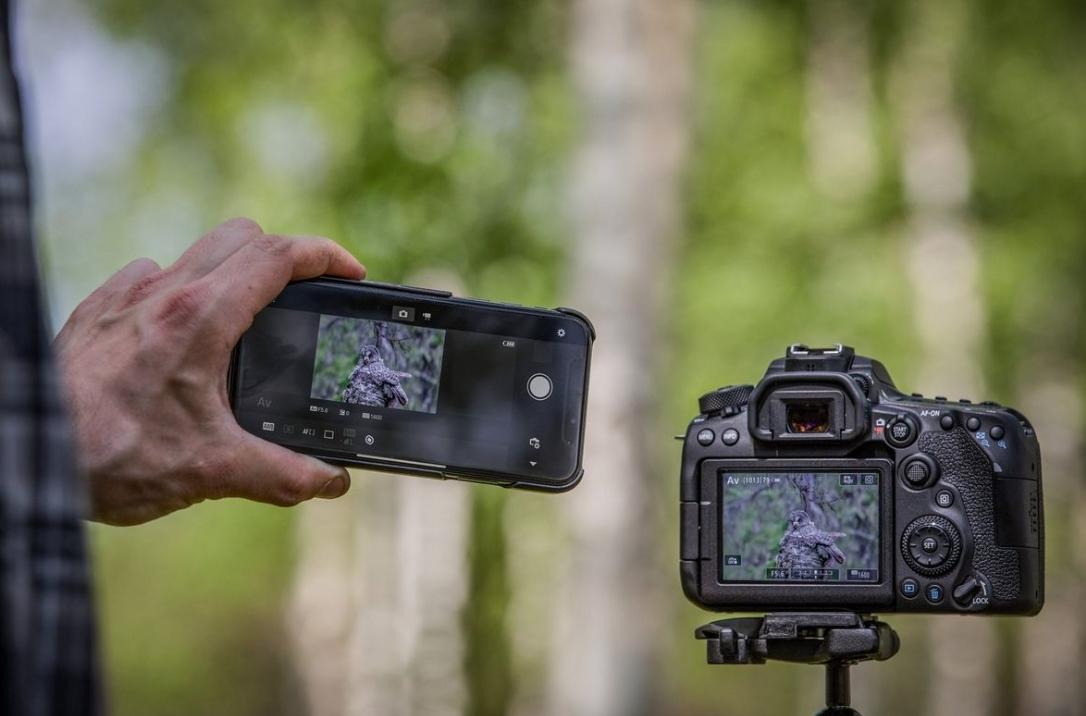 Connexion WiFi et Bluetooth sur le Canon EOS 90D