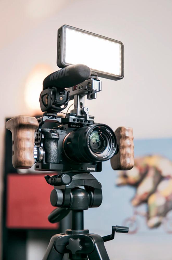 También las antorchas son accesorios básicos para iniciarte en vídeo