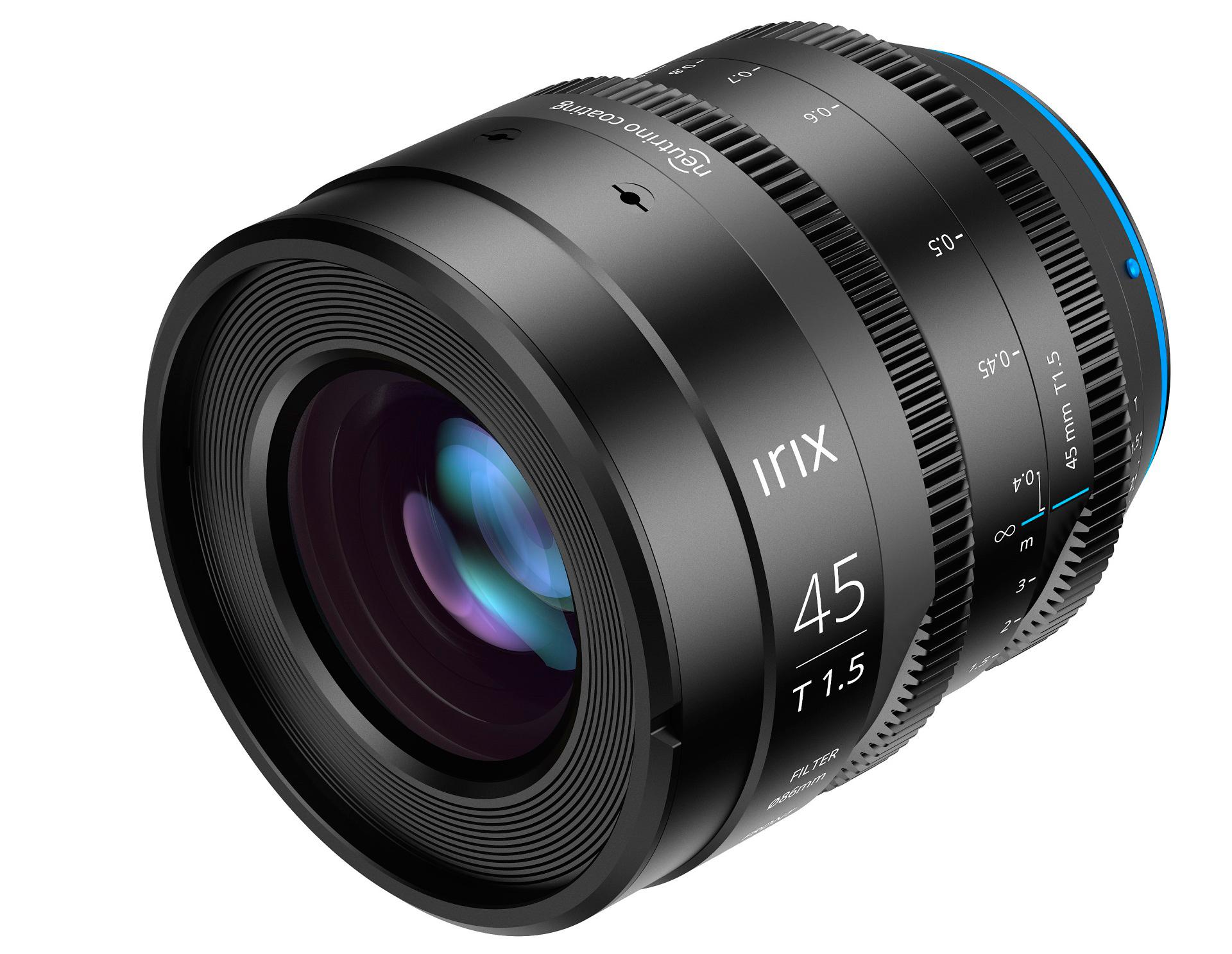 La Irix Cine 45mm T1.5 es ligera y compacta