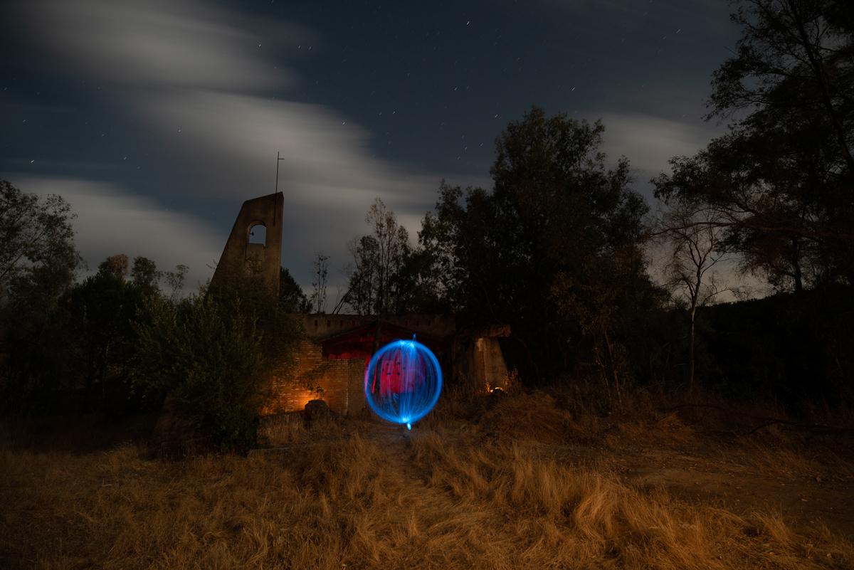 Busca lugares terroríficos para hacer lightpainting para Hallowen