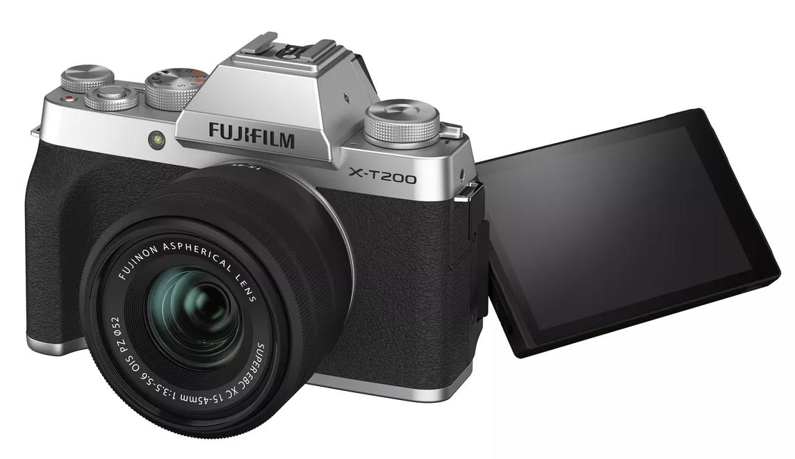 Fujifilm X-T200: Con pantalla táctil giratoria
