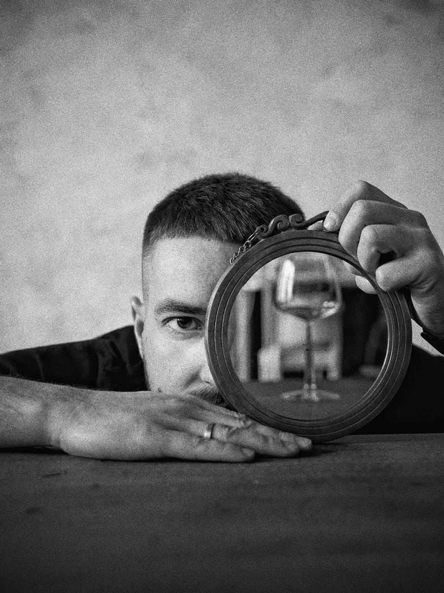 Retratos usando espejos con distorsión