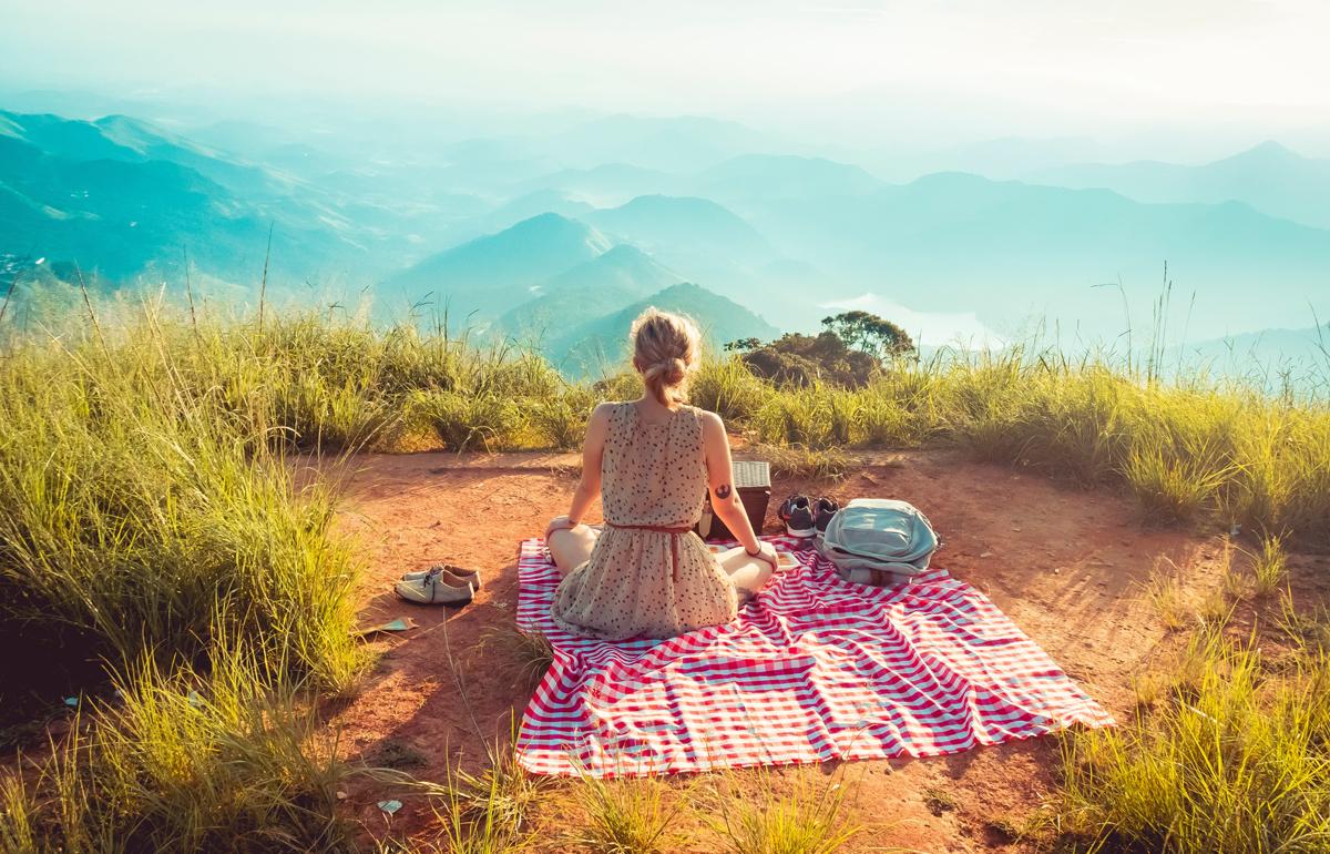 Haz fotografías creativas para el verano en un picnic