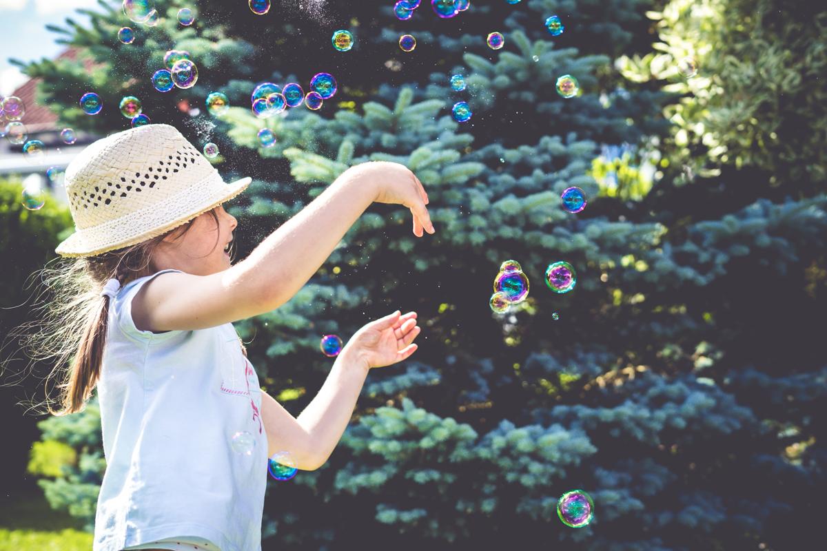 Les bulles de savon seront un sujet intéressant pour vos photos d'été