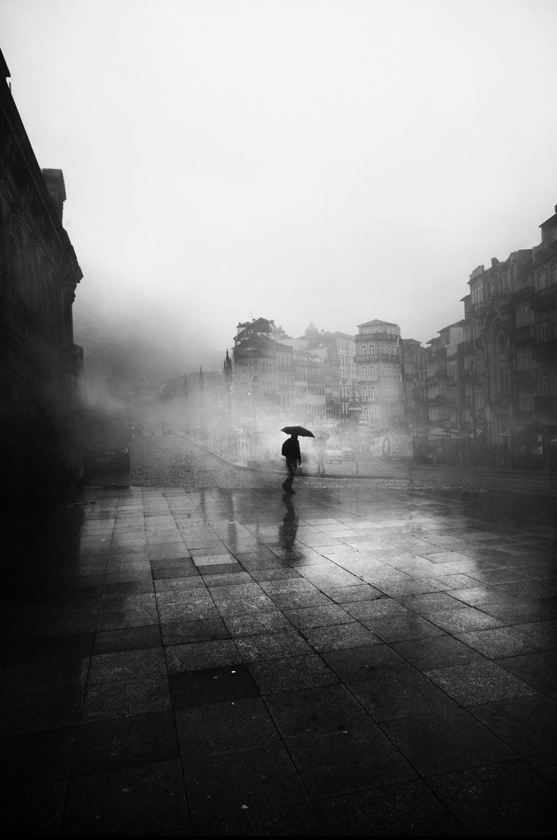 Sé minimalista al fotografiar la niebla