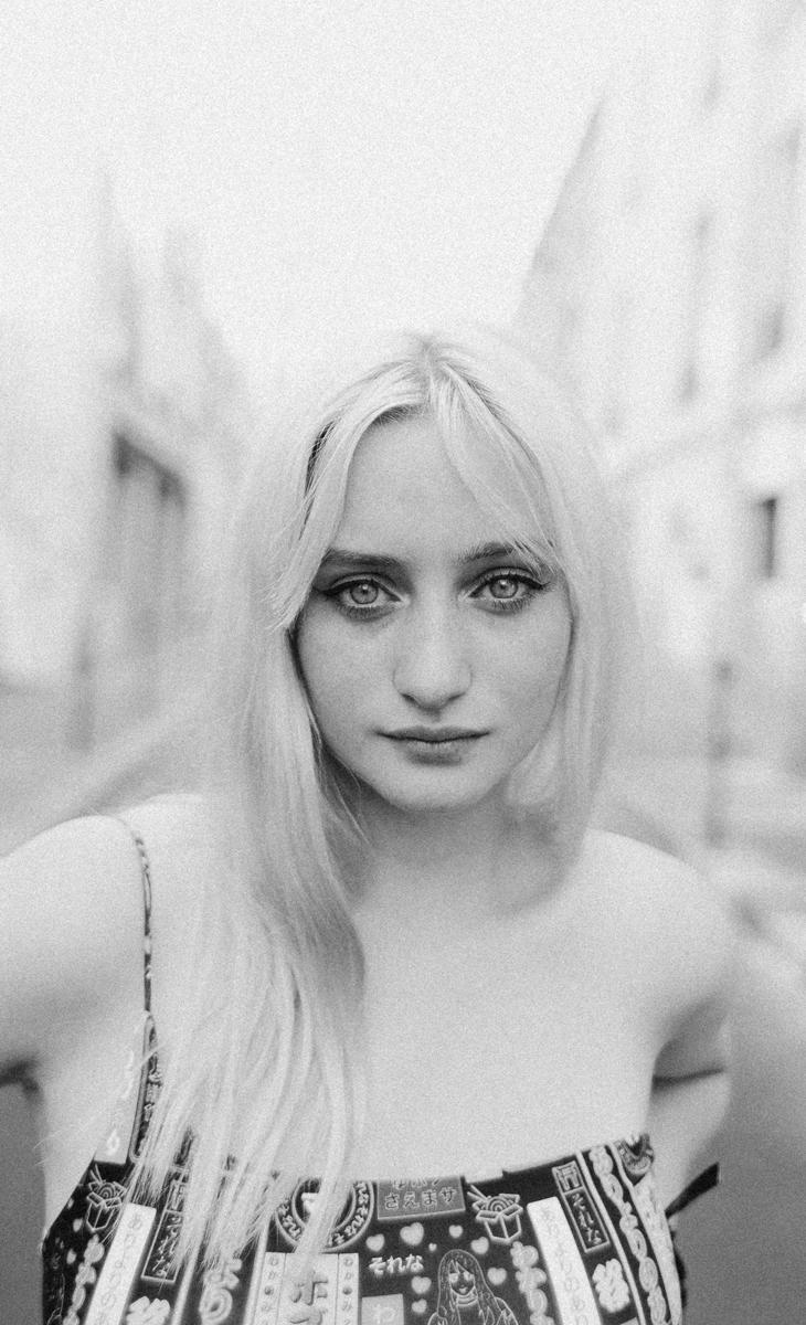 Retratos en blanco y negro: Iluminación en exteriores